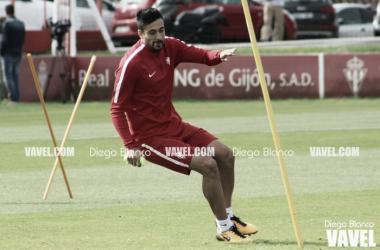 """Álex Pérez: """"Al equipo lo veo comprometido, con muchas ganas y con ganas de sentir a la afición cerca"""""""