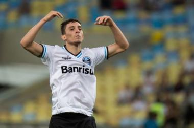 Alex Telles chegou ao Grêmio no início do ano, vindo do Juventude (Foto: Reprodução / Zero Hora / Celso Pupo)