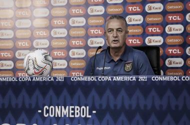 """Gustavo Alfaro: """"Quiero felicitar a mis jugadores"""""""