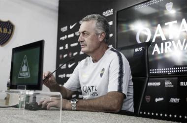 Alfaro, en conferencia. Foto: Prensa Boca Juniors.