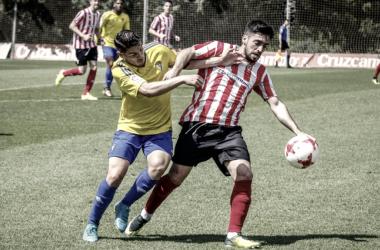 Cádiz B y Algeciras firman las tablas en Puerto Real