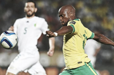 South Africa miss a penalty as Algeria come from behind to win
