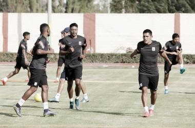 Lionard Pajoy y Andy Pando fueron los destacados en el partido de práctica de hoy. Foto: Club Alianza Lima.