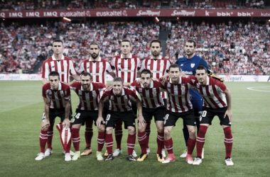 Alineación del Athletic Club ante el Dinamo Bucarest en el primer partido en San Mamés | Fotografía: Athletic Club