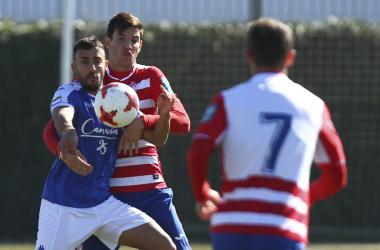 Lance del partido entre el filial del Granada y el San Fernando la temporada pasada | Foto: Antonio L. Juárez