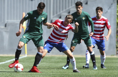 Isi y Antonio Marín continúan en la plantilla del Club Recreativo Granada para esta temporada | Foto: Antonio L. Juárez