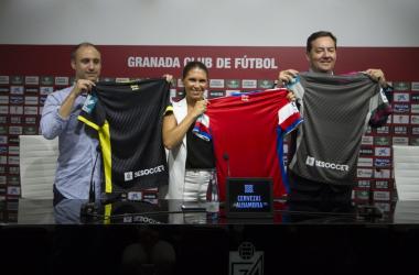 Presentación del nuevo patrocinador, BeSoccer, del Granada CF. Foto; Antonio L Juárez