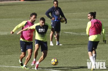 Germán, ya recuperado, y Chico Flores, podrían ser los centrales contra el Lorca | Foto: MJ. Ramírez / Vavel.