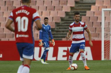 Pablo Vázquez en el partido del Trofeo Ciudad de Granada [Foto: Antonio L, Juárez]