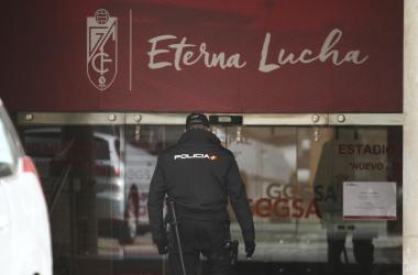 Registro de la UDEF en Los Cármenes correspondiente a la Operación Líbero. Foto: Antonio L. Juárez