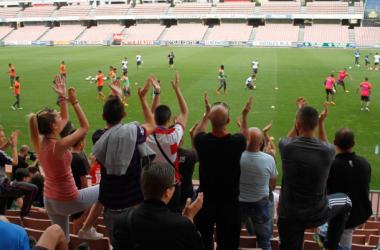 Entrenamiento del Granada CF a puerta abierta el pasado mes de mayo. (Foto: Antonio L. Juárez).