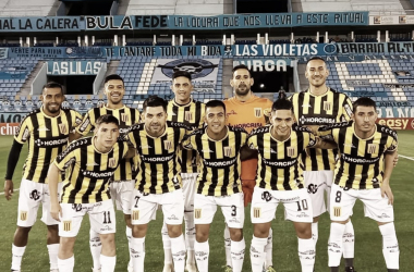 El partido tuvo lugar en el Estadio Julio César Villagra de Córdoba y el arbitraje estuvo a cargo de Leandro Rey Hilfer.