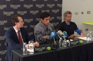 Nicolas Almagro (Center) and Mariano Manachesi (Far Right)/@nicoAlmagro and Sercotel Sports