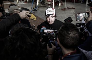 """Alonso dispara: """"Hamilton e Schumacher dominaram por causa de seus carros"""""""