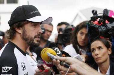 """Fernando Alonso: """"Es frustrante, pero es lo que toca este año. Honda tiene todo mi apoyo"""""""