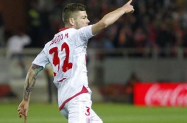 The deal for Alberto Moreno seems to have hit rocky grounds, but who could they sing instead?