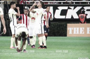 Oribe Peralta volvió a victimizar a Guadalajara. (Foto: Gustavo Gómez | VAVEL México)