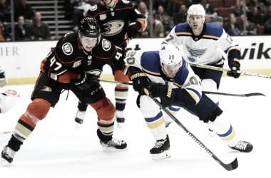 Hampus Lindhom, una de las ultimas piezas fuertes de la defensa de Anaheim - NHL.com
