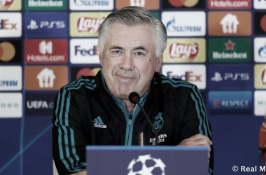 Carlo Ancelotti, en la reuda de prensa previa al encuentro frente al Shakhtar. Foto: realmadrid.com