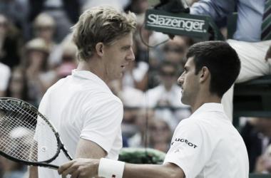 Djokovic y Anderson se saludan tras su partido en 2015. Foto: Wimbledon.