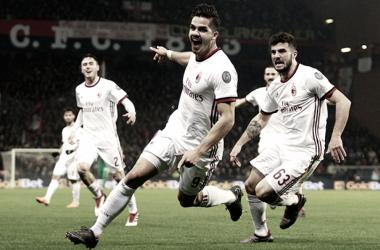 André Silva le dio tres puntos agónicos al Milan | Foto: AC Milan