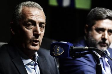 Alfaro en conferencia de prensa (foto: Clarín).