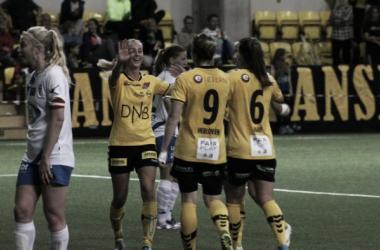 Will Anja Sønstevol, and her LSK teammates be the ones celebrating after the game against Avaldsnes? (Photo: Essen Haugen)
