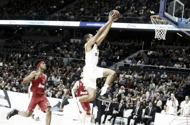 Anthony Randolph machacando el aro del Olympiacos | Foto: Euroleague.net
