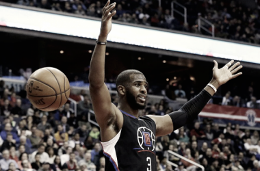 Chris Paul meeting with the Houston Rockets is a surprise to say the least. Where did this even come from? Photo: Carolyn Kaster/AP Photo