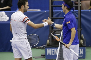 Mikhail Kukushkin (left) and Kei Nishikori at the Memphis Open in February/Photo: AP