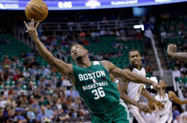 Marcus Smart attacks the rim against the Spurs during the Celtics final Summer League game in Utah. (AP Photo)