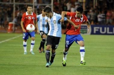 Chile y Argentina debutaron en el Sudamericano. Foto: Télam.