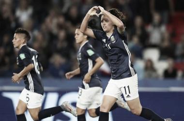 Argentina reage, consegue empate heroico contra Escócia e se mantém viva na Copa do Mundo