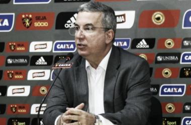 Arnaldo falou ainda sobre possíveis contratações rubro-negras e do planejamento para 2018 (Foto: Williams Aguiar/Sport)
