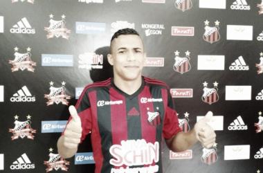 Botafogo tem acerto próximo com lateral-direito Arnaldo, ex-Ituano