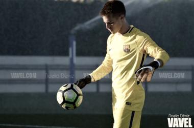 Arnau Tenas, portero del Juvenil del FC Barcelona. Foto: Noelia Déniz, VAVEL.com