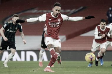 Aubameyang faz três em vitória do Arsenal sobre o Leeds United