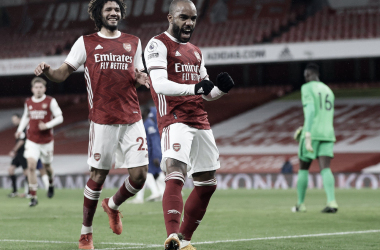 Arsenal volta a vencer em grande atuação no clássico contra Chelsea