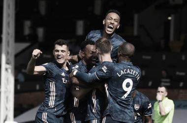 Arsenal supera marcação alta do Fulham e estreia com vitória na Premier League