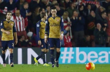 Southampton barre la route à Arsenal