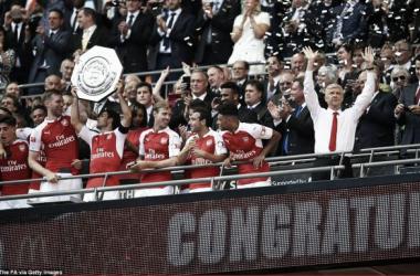 Supertaças: Arsenal, PSG e Wolfsburgo erguem troféu de arranque de época