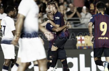 Arthur celebra el gol que anotó frente al Tottenham con Rafinha / Fuente: FC Barcelona