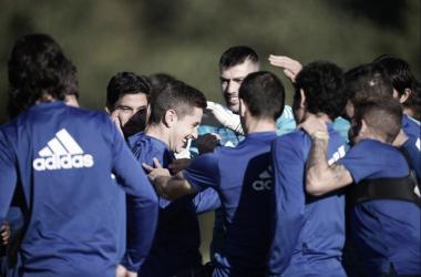 Javi Hernández, sin complejo alguno. | Imagen: Real Oviedo
