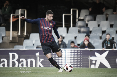 Abel Ruiz a punto de golpear el balón | Foto: Noelia Déniz (VAVEL.com)