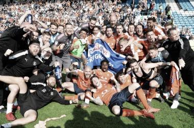 El Luton Town cumple su sueño y asciende a League One