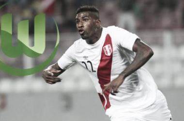 El Wolfsburgo sería el segundo club europeo en donde milite Ascues. (FOTOMONTAJE: Luis Burranca - VAVEL)