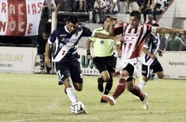 Guaraní e Instituto empataron 1-1 en Misiones. (Foto: Interior futbolero).