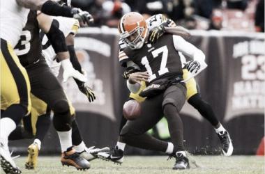 Victoria importante de los Steelers ante unos Browns que perdieron a Campbell