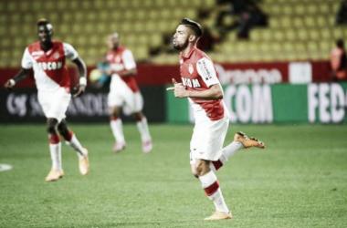 Em jogo bastante dramático, Monaco vence Lens e sobe na tabela