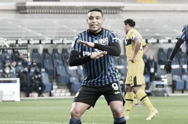 Atalanta aproveita má fase do Parma, vence com facilidade e sobe na tabela